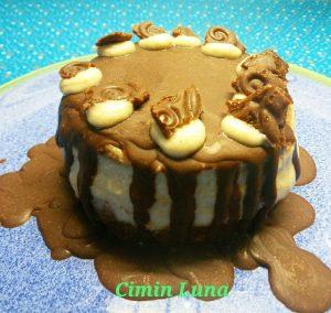 Mein kleiner köstlicher Kuchen für Feiertage // My little raw and delicious cake for holidays